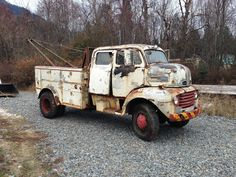 Would be a cool build Dually Trucks, Old Ford Trucks, Ford Tractors, Gm Trucks, Cool Trucks, Pickup Trucks, Cool Cars, Train Truck, Tow Truck