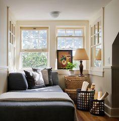 """Ideia de encosto de almofada em """"L"""" sobre a cama + Ideias de camas para quartos pequenos."""