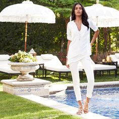 Take the road less traveled in layers of head-to-toe white. #whbm