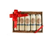 This dessert tea gift set in five small tins makes a fantastic gift, whether for an existing tea lover, or for someone you'd like to introduce to quality and organic dessert teas for the first time.  Flavors included in this organic tea gift set: 2 oz Chocolate Banana - Loose Leaf Rooibos Tea 2 oz Coconut Chocolate - Loose Leaf Puerh Tea 1 oz Mandarin Cream - Loose Leaf Oolong Tea 2 oz Mint Chocolate Chip - Loose Leaf Rooibos Tea 2 oz Berries 'n' Cream - Loose Leaf Rooibos Tea