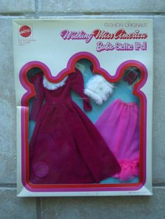 """1972 Barbie Fashion Originals Miss America fashion """"Royal Velvet""""  NRFB"""