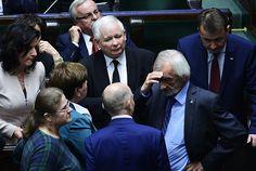 Sensacyjne wyniki najnowszego sondażu. PiS już nie jest liderem - Wiadomości - WP.PL