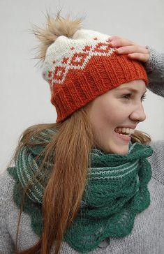 Ravelry: Kongvinterlue / Father Frost Hat pattern by Strikkelisa Knitted Hats, Crochet Hats, Suits Tv Shows, Hats For Women, Dusk, Ravelry, Frost, Knitting Patterns, Winter Hats