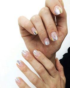 Stylish Nails, Trendy Nails, Cute Nails, Minimalist Nails, Colorful Nail Designs, Nail Art Designs, Colorful Nails, Nails Design, Gel Nails