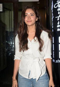 Indian TV Actress Asha Negi Without Makeup Face TV actress Photographs TV ACTRESS PHOTOGRAPHS | IN.PINTEREST.COM #ENTERTAINMENT #EDUCRATSWEB