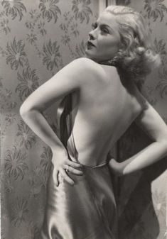 Mary Carlisle, 1930s. Her dress is straight from Heaven.