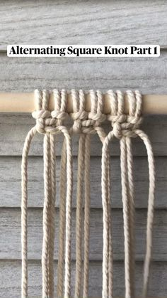 Loom Knitting Patterns, Macrame Patterns, Easy Diy Gifts, Macrame Design, Macrame Tutorial, Macrame Projects, Macrame Knots, Bobbin Lace, Yarn Crafts
