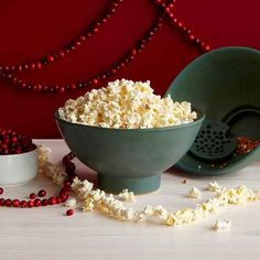 A popcorn bowl that sifts out the kernels.