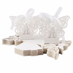 OurWarm 100Pcs Wedding Favors Boxes 5*5*8cm Paperboard Butterfly Gift Bag Candy Box for Garden Wedding Decoration Accessories