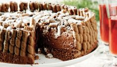 Velvet chocolate cake with stuffed chocolate cigarillos! Cooking Time, Cooking Recipes, Greek Desserts, Food Categories, Special Recipes, Chocolate Cake, Sweet Recipes, Caramel, Cheesecake