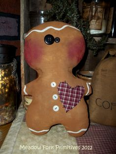 Fat little Georgie Gingerbread Man :) Gingerbread Crafts, Christmas Gingerbread Men, Primitive Christmas, Magical Christmas, Christmas Time, Christmas Ideas, Finger Knitting Projects, Christmas Decorations, Christmas Ornaments