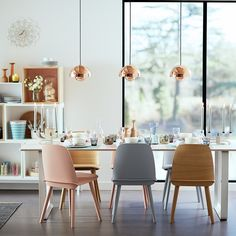 & Tradition FlowerPot Pendant VP1 Copper - Muuto Stacket + Nerd Chairs