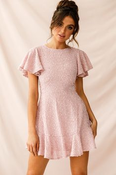 Buy the Isabelle Angel Sleeve Empire Dress Blush exclusively at Selfie Leslie! Tie Dress, Boho Dress, Dress Red, Dress Black, Going Out Dresses, Dresses For Work, Work Skirts, Party Dresses For Women, Summer Dresses