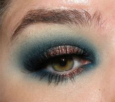 image from http://img.makeupalley.com/8/5/8/9/2736247.JPG