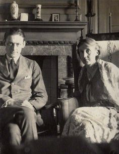 """les-yeux-avides: """" """"My dear Virginia, Five thousand words are no drawback, when the words are yours. Eliot in a letter to Virginia Woolf ph. Eliot and Virginia Woolf by Lady Ottoline. Writers And Poets, Virginia Woolf, Book Writer, Book Authors, Books, Lady Ottoline, Bloomsbury Group, Foto Poster, Guernica"""