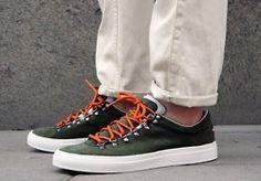 Love the orange laces