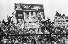www.irishphotoarchive.ie, irishphotoarchive@gmail.com,historic photo  of Ireland,All Ireland Senior Football Championship Final, Dublin v Galway, 22.09.1974, 09.22.1974, 22nd September 1974, Dublin 0-14 Galway 1-06, 22091974AISFCF, ... Croke Park, Photo Archive, Historical Photos, Dublin, Ireland, Irish, September, Football, American Football