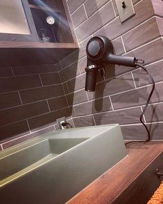 Restroom Design, Powder Room, Door Handles, Sink, Kitchen Cabinets, House Design, Bathroom, Storage, Interior