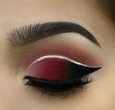 Es la magia de makeup ♡♡☆☆