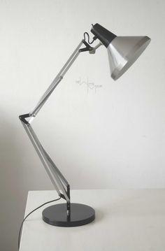 Hala dutch design bureaulamp 70 tijdloos ontwerp in by Dewittemuur