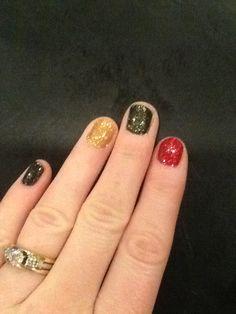 CND Shellac Christmas nails by Jill G.