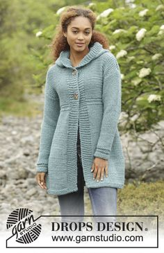Women - Free knitting patterns and crochet patterns by DROPS Design Knitting Patterns Free, Knit Patterns, Free Knitting, Free Pattern, Drops Design, Raglan Pullover, Knit Cardigan, Hooded Jacket, Tricot Facile