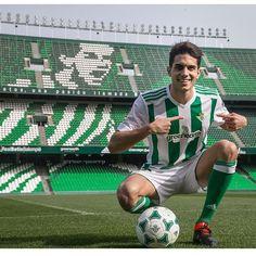 Marc Bartra, Cute Teenage Boys, Soccer, Football, Sports, Sergio Ramos, Display, Backgrounds, Hs Sports