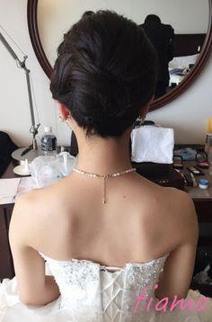 ノーブルな挙式アップからイメージチェンジ♡可愛い花嫁さまのホテル婚 | 大人可愛いブライダルヘアメイク 『tiamo』 の結婚カタログ