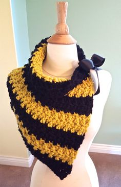Harry Potter Hufflepuff Scarf Chunky Crochet by AnniesHookNook