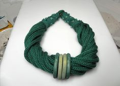 Vesna Kolobaric by VESNAfiberART on Etsy - green knitted #necklace, statement necklace, winter #jewelry, #Christmas #gift