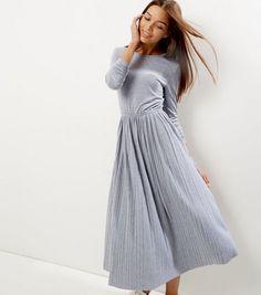 abbb58bef097c Grey Pleated Scoop Back Long Sleeve Swing Dress   New Look Grey Long Sleeve  Dress,