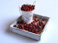 Cherries - Miniature in 1:12 by Erzsébet Bodzás, IGMA Artisan