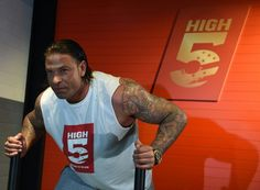 Germany goalkeeper-turned-wrestler Tim Wiese set for WWE debut   Berlin (AFP)  After packing on 40 kilograms (88 pounds) of muscle ex-Germany goalkeeper Tim Wiese will make his full WWE debut on Thursday in what he describes as the Champions League of wrestling.  The 34-year-old made the last of his six friendly appearances for Germany in 2012 and was part of their 2010 World Cup squad.  But after hanging up his boots three years ago and dramatically beefing up Wiese is poised to make his…