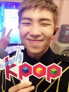 Photos and videos by Simplykpop (@_Simplykpop) | Twitter