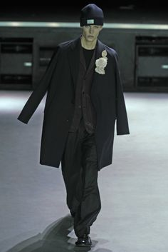 22/4 Hommes Men's RTW Fall 2014 - Slideshow - Runway, Fashion Week, Fashion Shows, Reviews and Fashion Images - WWD.com