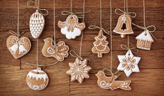 Biscuits in Design of Christmas Items, All Seem Delighted and Happy, Mood is Happy Enough – Creative Christmas Wallpaper Christmas Gingerbread, Noel Christmas, Christmas Items, Christmas Baking, Christmas Crafts, Gingerbread Cookies, Vegan Christmas, Gingerbread Ornaments, Swedish Christmas