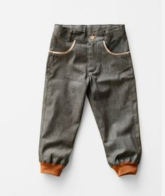 barnkläder och Byxor & Shorts från Trollåsen