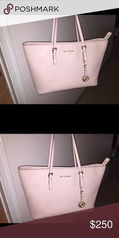 Michael Kors blush jet setter tote Excellent condition. Used for 2 weeks. Practically new., gorgeous blush color.  Absolutely no trades!!!!!! MICHAEL Michael Kors Bags Totes
