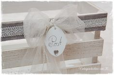 Holzkiste Kartenbox Hochzeit Gelgeschenke Hochzeitsdeko http://de.dawanda.com/product/90653599-kartenbox-geldgeschenk-hochzeit