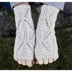 Check out Cascade Yarns DK337 Lace and Cable Fingerless Gloves (Free) at WEBS | Yarn.com.