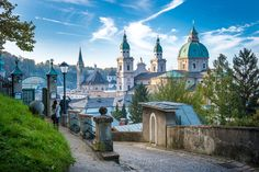 Salzburg city tourist board website: We provide you with useful information about affordable hotels, special events and sights in Salzburg. Travel Goals, Travel Advice, Travel Info, Trip Advice, Travel Divas, Fun Travel, Travel Checklist, Hawaii Travel, Budget Travel