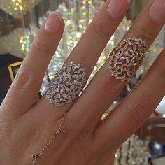 Three Great Ways To Find Cheap Diamond Rings Diamond Rings, Diamond Jewelry, Gold Jewelry, Jewelry Rings, Jewelry Accessories, Fine Jewelry, Jewelry Design, Djula Jewelry, Faberge Eier