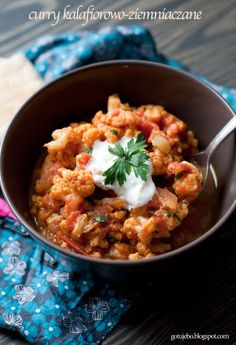 Curry kalafiorowo-ziemniaczane