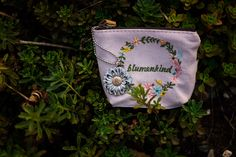 """I deserve new jewellery"" 🌼🌼🍂 #blumenkind #flowerpower #bunterevolution Shops, Coin Purse, Wallet, Purses, Weaving, Flowers, Kids, Handbags, Tents"