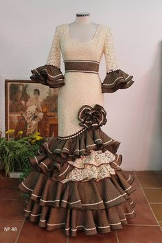 Sewing Hacks, African Fashion, Casual Wear, Beautiful Dresses, Fancy, Gowns, My Style, How To Wear, Vintage