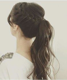 Modern business hairstyle: Photos of the best options for a business woman frisuren haare hair hair long hair short Back To School Hairstyles, Wedding Hairstyles For Long Hair, Pretty Hairstyles, Braided Hairstyles, Prom Hairstyles, Hair Wedding, Braided Ponytail, Woman Hairstyles, Wedding Braids