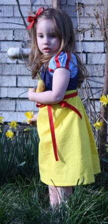 Snow White dress tutorial with free pdf pattern!