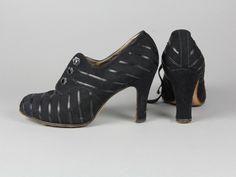 1930s Shoes, Peeps, Peep Toe, Vintage, Fashion, Moda, Fashion Styles, Vintage Comics, Fashion Illustrations