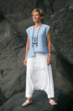 White and blue Casual linen outfit for holidays -:- AMALTHEE -:- n° 3420 – Linen Dresses For Women Holiday Outfits, Summer Outfits, Holiday Clothes, Boho Fashion, Fashion Outfits, Womens Fashion, Sarouel Pants, Dress Outfits, Casual Outfits