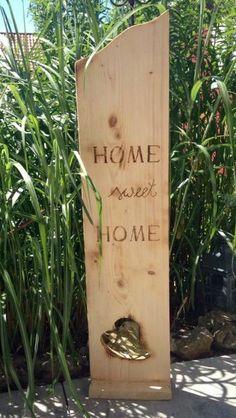 Deko-Objekte - Holzbrett Home Sweet Home mit Herz - ein Designerstück von MichasBastelstube bei DaWanda